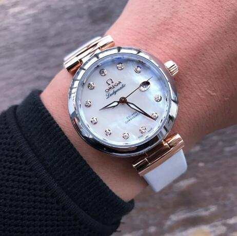 The mother-of-pearl dial differs in different colors.