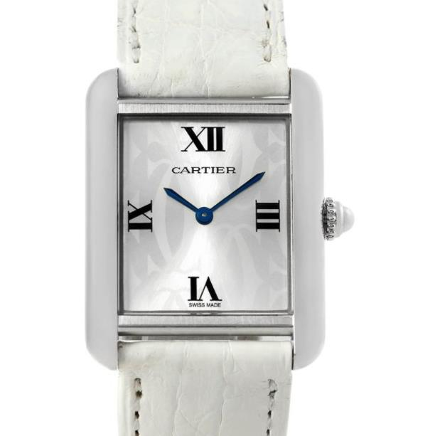 The female fake watches have white leather straps.