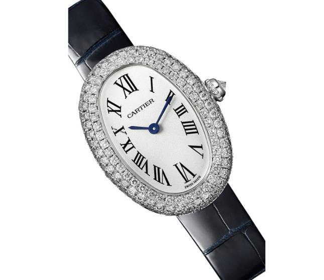 The white dials copy watches have black straps.